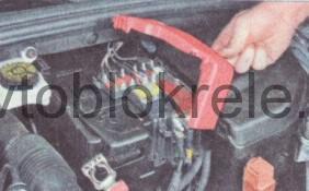 Peugeot408-blok-kapot-3