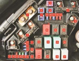 Civic-8-blok-kapot-3