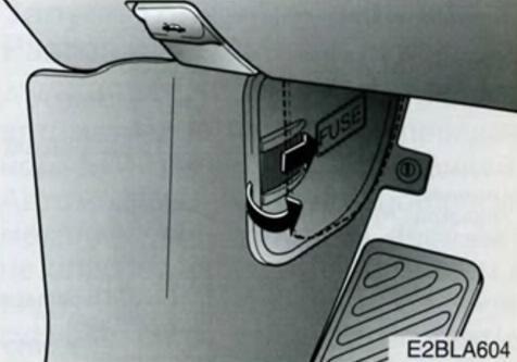 где находится блок управления раздаткой киа соренто